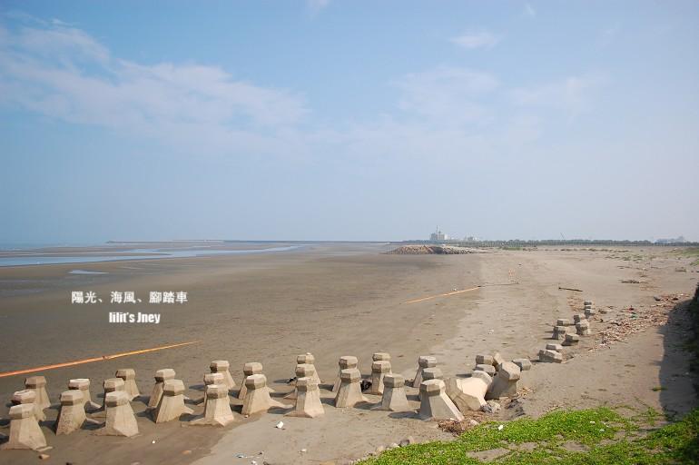 20080907_沙灘上的香菇頭