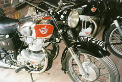 Matchless G9 Motorbike at Elsecar Heritage Centre (Steve Greaves) Tags: show old red black english classic bike vintage silver logo cool ride display transport twin motorbike chrome badge motorcycle vehicle british custom veteran renovate lump barnsley matchless southyorkshire marque 500cc g9 spokedwheels building21 elsecarheritagecentre 18991966 498cc colliersons hhcollier associatedmotorcycles