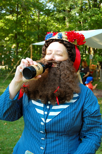2880111235_d9cacf38c6 - Bearded lady drinking beer - Weird and Extreme