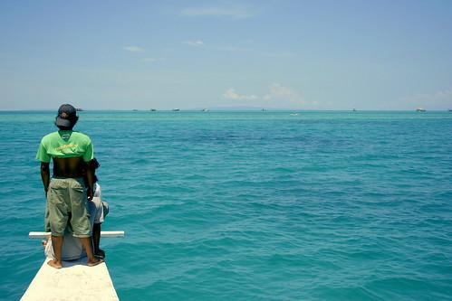 approaching Danahon Reef, Hingutanan