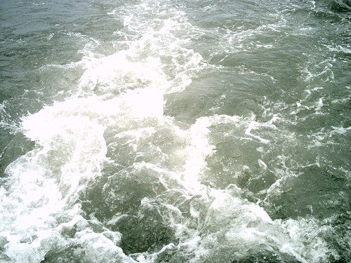 [渡船] 浪花