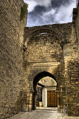 Portico Arabe (chusoart) Tags: espaa puerta nikon andalucia arabe porta porte tor jaen fortifications muralla hdr ubeda stadttor citygate brana historico d40 chusoart