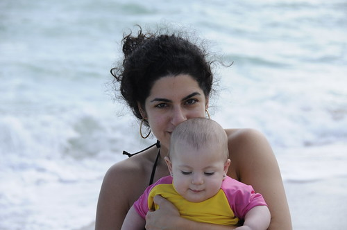 November 2008 - Paloma at the Beach 051