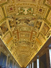 The ceiling of the Gallery of Maps (Galleria della carte Geografiche) at the Vatican Museums. (SubiYurek) Tags: italy vatican rome roma museum popes angelsanddemons galleryofmaps goldenceiling