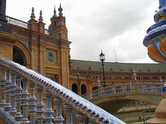 Plaza de España (detalles) (Graça Vargas) Tags: españa canon sevilla spain tiles plazadeespaña azulejos graçavargas ©2008graçavargasallrightsreserved 1100271108