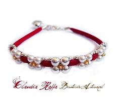 Antelina Roja/Perlas de cristal