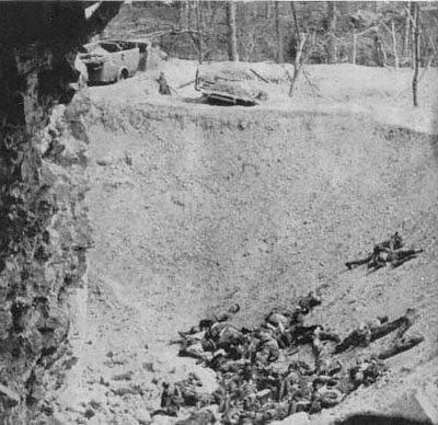 Cadáveres de asaltantes republicanos