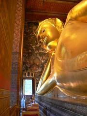 Reclining Buddha (Sparky the Neon Cat) Tags: statue thailand temple asia head bangkok buddha buddhist siamese buddhism thai reclining wat pho siam maha thep nakhon krung