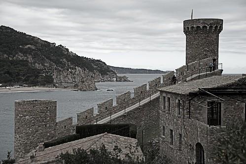 El mar rere el castell