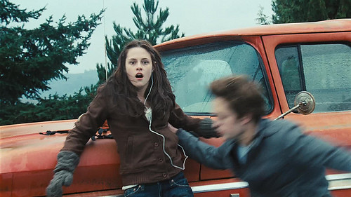 bella swan & edward cullen (car crash scene) by psychpineapple..