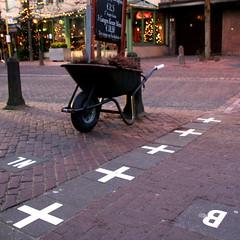 De grens van Baarle (aloxe) Tags: netherlands belgium belgique border nederland belgi antwerp nassau 2008 paysbas bordercrossing noordbrabant baarle grens grenzbergang hertog frontire