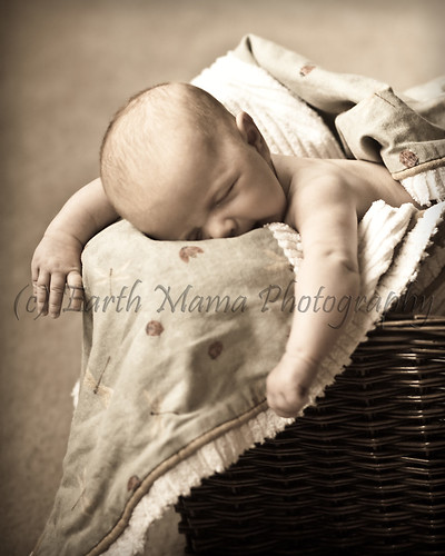 Eleanor_Newborn-005