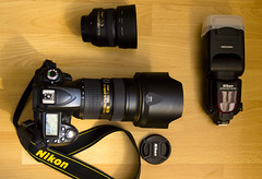 My gear... (KaBoFotografie) Tags: wood red yellow 50mm gold nikon floor flash 4 8 f1 hood horny f2 nikkor 2470 d90 sb900