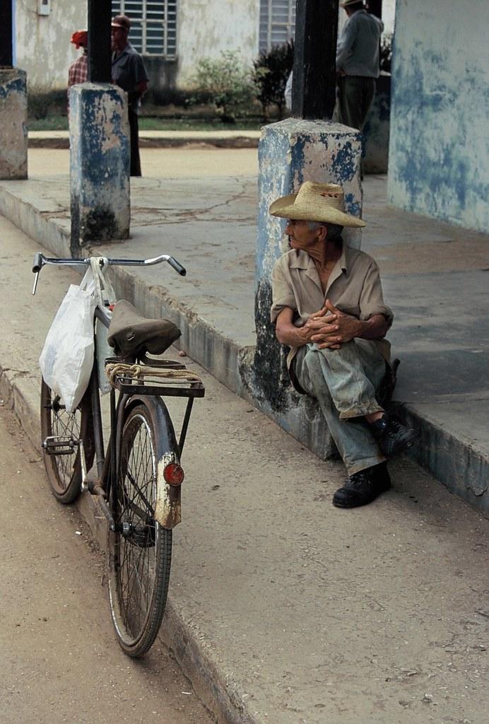 Cuba: fotos del acontecer diario - Página 6 2285956754_0fe63eed5f_b