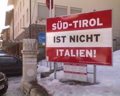 Brenner (Wojciech Wysocki) Tags: italien italy mountains alps montagne italia berge alpen 2008 alto gry alpy dolomites dolomiti sdtirol altoadige gebirge adige dolomiten wochy dolomity