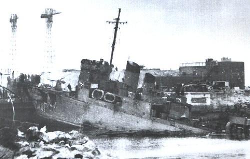 Una toma del Campbeltown después del impacto