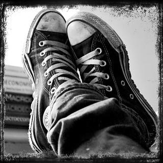 my converse b&w