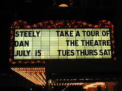 marquee (All About Eve) Tags: voyage trip chicago classic night vintage marquee lights vacances neon theatre lumières lettres marquise steelydan classique ampoules