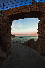 Tossa de mar (david A.F Photography) Tags: sea españa beach clouds mar europa europe girona catalunya costabrava cataluña tossademar espanya nuves sigma1020mm nubols empordá canoneos40d davidafphotography