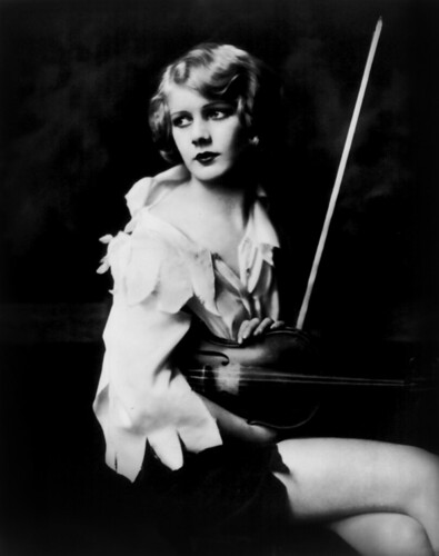 Kay English, Ziegfeld girl, by Alfred Cheney Johnston, ca. 1929 par …trialsanderrors