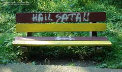 17 Iulie 2007 » Hail Satan