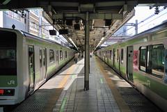 Yamanote Line Meguro Station Platform (ykanazawa1999) Tags: japan train tokyo platform meguro yamanoteline