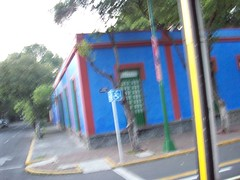 La casa azul (cas is king) Tags: df coyoacan cas