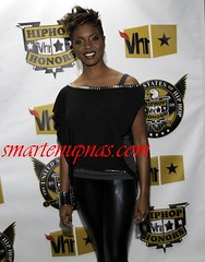 the legend mc lyte looking extra sexy