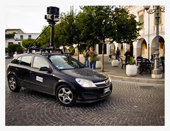 Google Street View Car (Newbrigand) Tags: street camera city italy hardware google europe italia googlemaps view maps basilicata dp laser sick portici strade privacy astra streetview opel vie mappe mw piazzacastello venosa 585 googlecar newbrigandblog googlestreetview porticati dp585mw 585mw