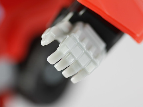 TF Universe Ironhide (hand detail)