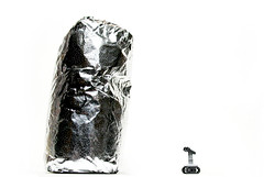 That's a mighty big burrito for such a tiny little droid (olo) Tags: walter food cute toys robot lego foil explore m8 minifig chipotle burrito droid bot week7 plastic52 m8droid theweeklyadventuresofwalter stillnotwalle