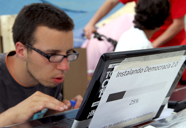 INSTALANDO DEMOCRACIA 2.0 - #ACAMPADALEON 26.05.11