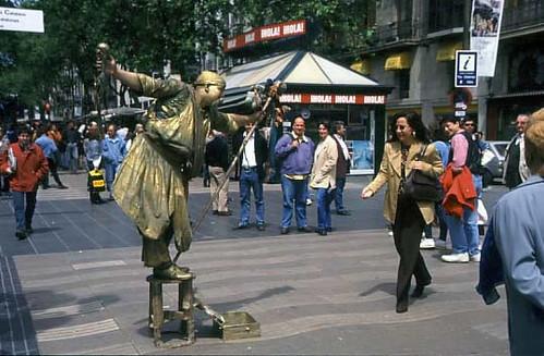 Estatuas humanas en La Rambla de Barcelona