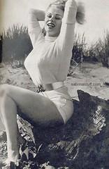 sabrina-beach-belt (sexybeltlust) Tags: sexy belt big wide tight firm thick cinch