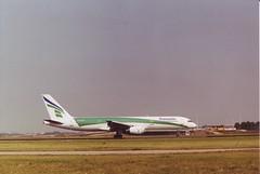Boeing 757-2K2 (Den Batter) Tags: minoltax700 boeing spl schiphol 757 transavia eham 757200 01l19r phtkc