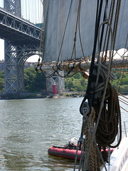 Making a U-Turn (miniata) Tags: georgewashingtonbridge littleredlighthouse ajmeerwald
