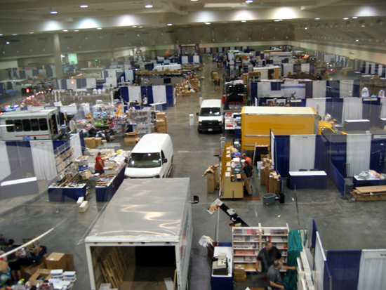 Setting Up Dealers' Room (Click to enlarge)
