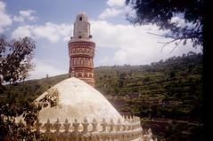 Yemen - Jibla (dario lorenzetti) Tags: minaret islam mosque yemen jibla