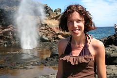 Alyssa and The Blowhole (Jason DeRusha) Tags: hawaii maui pacificocean blowhole derusha nakaleleblowhole