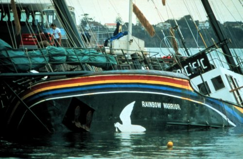 Hundimiento del Rainbow Warrior