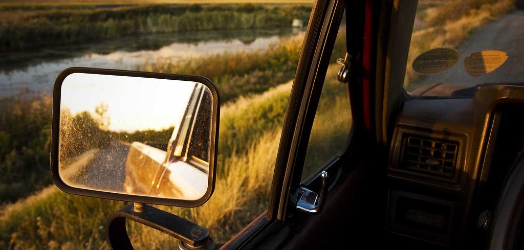 truck_lake