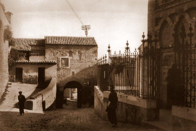 Mezquita del Cristo de la Luz (Toledo), a principios de siglo (1925) Foto Loty