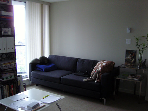 Sofa So Good! (amandamandapants) Tags: house wool vancouver 1212 downtown ...