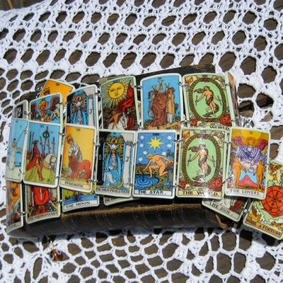 tarot card bracelet by dismissie