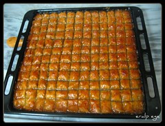 Baklava (COSKUNTUNA ... 950.000 ... THANK YOU) Tags: food turkey baklava yemek tatl coskuntuna
