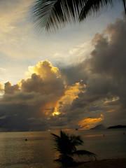 Martinique / Twilight (K r y s) Tags: autumn martinique 2008 hdr handheldhdr