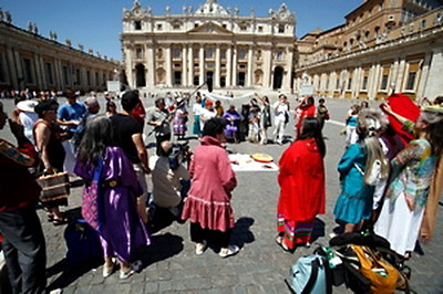 Grandmothers_Vatican_2008