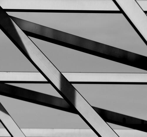 Simetrija (Symmetry)