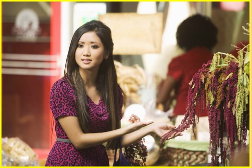brenda-song-pass-the-plate-08