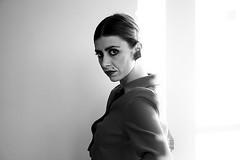 Model : Francesca (sa_zzu) Tags: people girl donna model ombra francesca bianco nero luce viso volto modella femmina